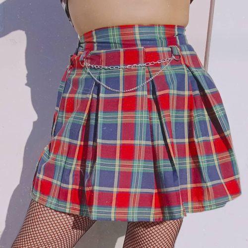 Falda plisada de cuadros
