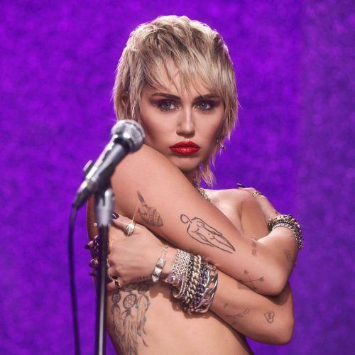Miley Cyrus corte bob