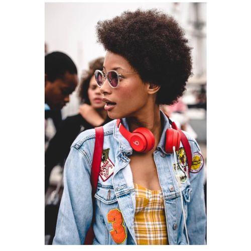 Lineisy Montero pelo afro