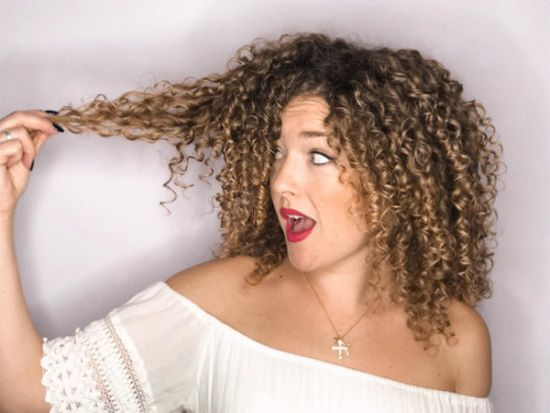 Pelo curly