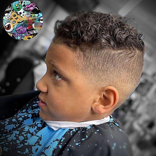 Corte de pelo niño moderno texturizado