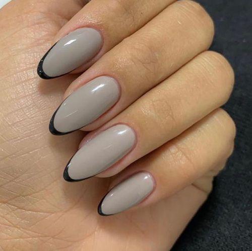 Uñas francesas de grises con negros