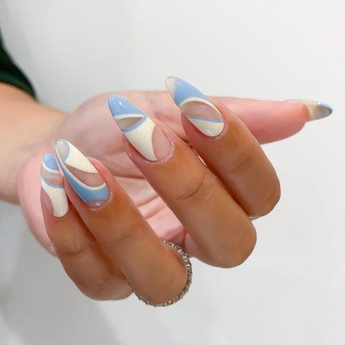 Uñas blancas y azules