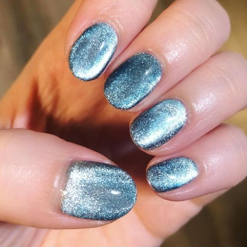 Uñas de gel azul