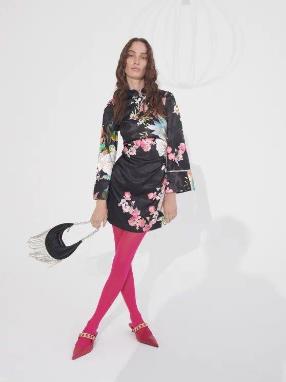 CATALOGO ZARA otoño invierno 2021 2022 vestido mini estampado