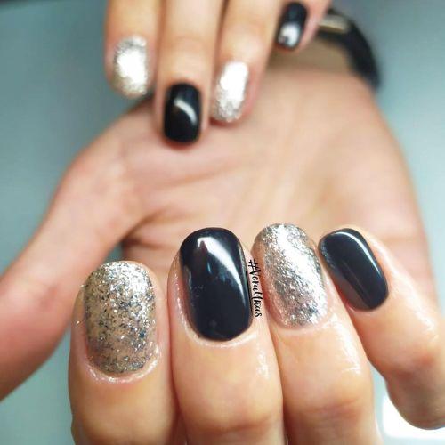 Uñas negro y plata brillo