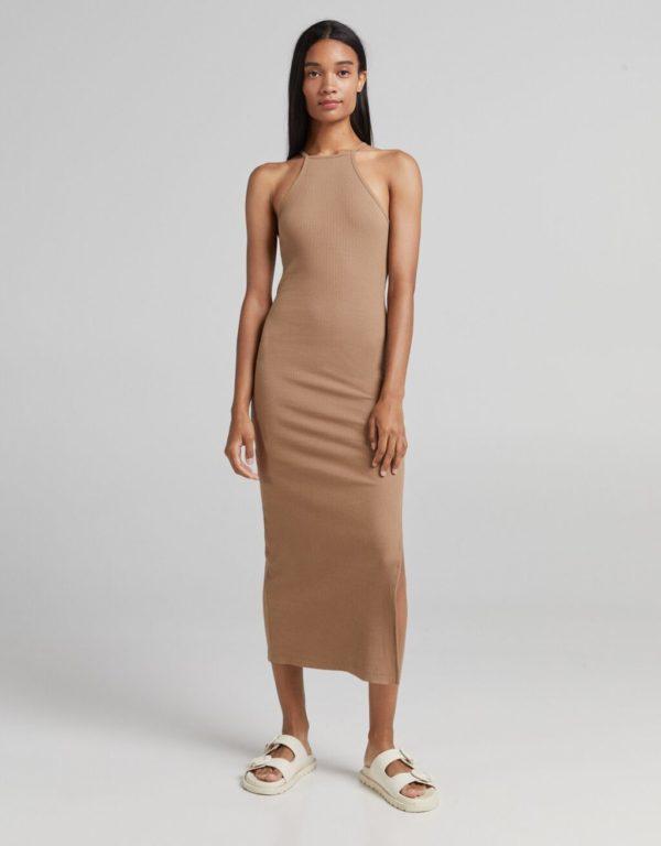 Catalogo vestidos bershka otoño invierno 2021 2022 VESTIDOS LARGOS modelo rib