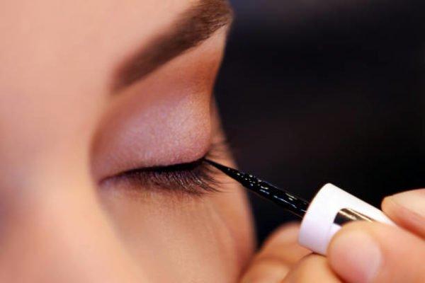 Mejores eyeliners delineadores de ojos pincel negro