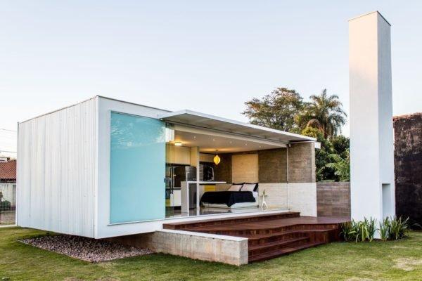 casa-moderna-con-fachada-contenedor