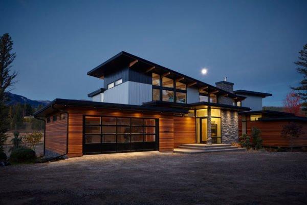 casa-moderna-con-una-fachada-de-dos-niveles