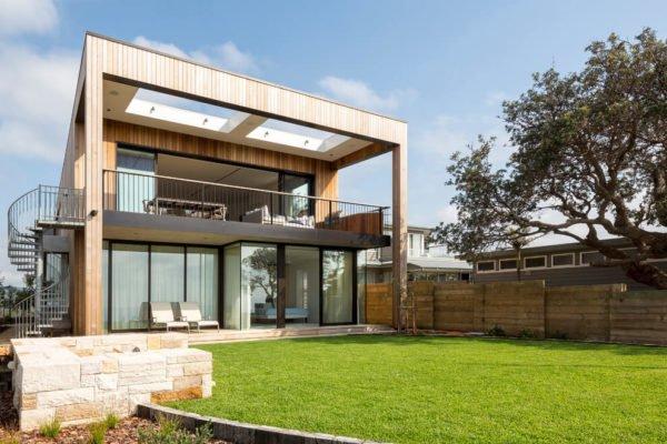 casa-moderna-y-bonita-con-fachada-y-techo-abiertos