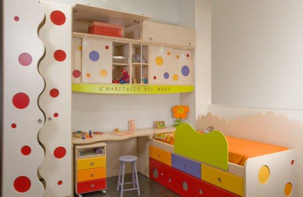 colores-para-dormitorio-infantil-paredes-blancos-detalles-colores