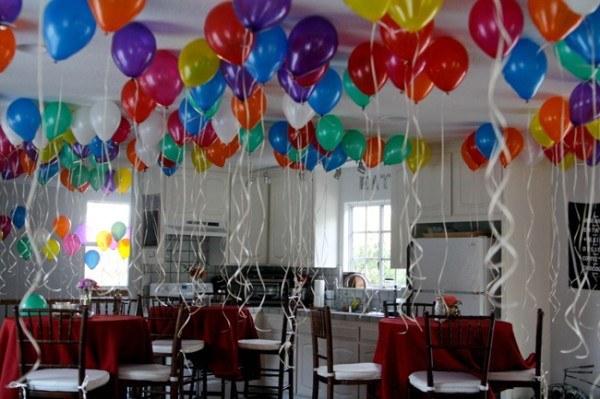 decoracion-con-globos-ideas-globos-en-el-techo