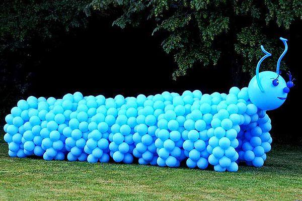 decoracion-con-globos-ideas-gusano-jardin