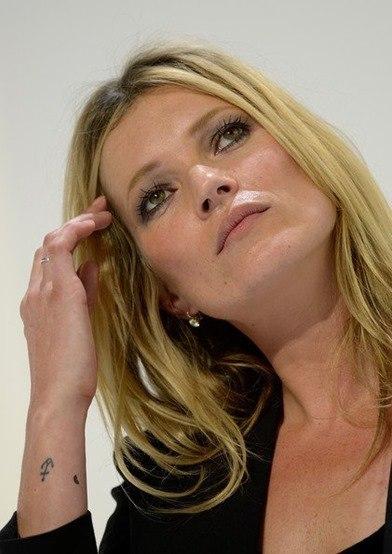 Kate Moss tatuajes