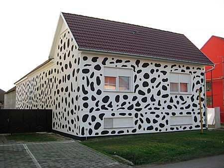 20-fotos-e-ideas-colores-fachadas-casas-exteriores-fachada-como-un-dalmata