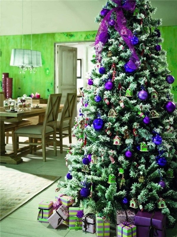 arboles-de-navidad-en-azul