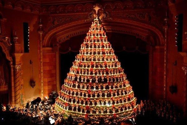 arboles-de-navidad-espectaculares-con-luces