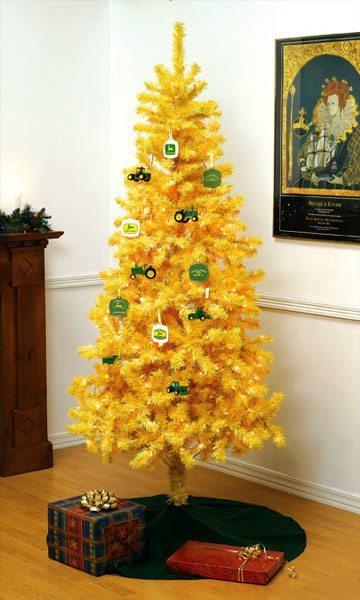 otras-ideas-para-decorar-el-arbol-de-navidad-juguetes