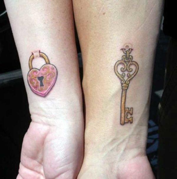 san-valentin-tatuajes-de-amor-complementarios-llave