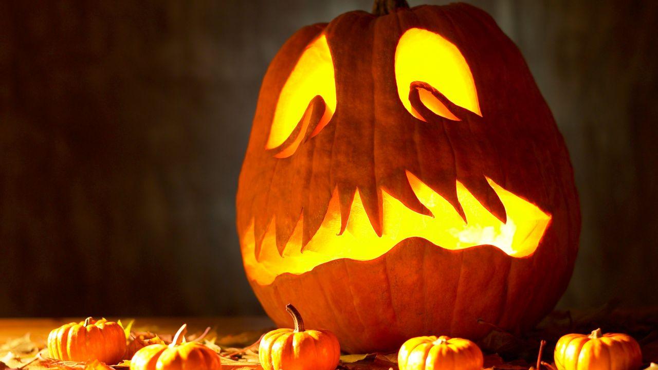 C mo decorar una calabaza de halloween - Calabazas de halloween de miedo ...