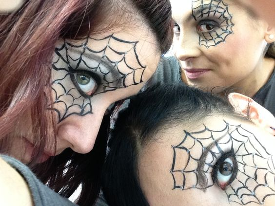 maquillaje-halloween-arana-tela-de-arana