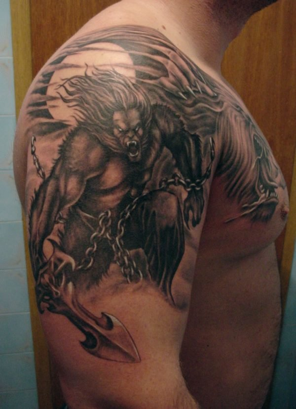 tatuajes-de-halloween-hombres-lobo-brazo-pecho