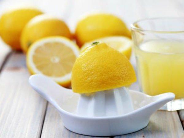 remedios-caseros-estrías-zumo-de-limón