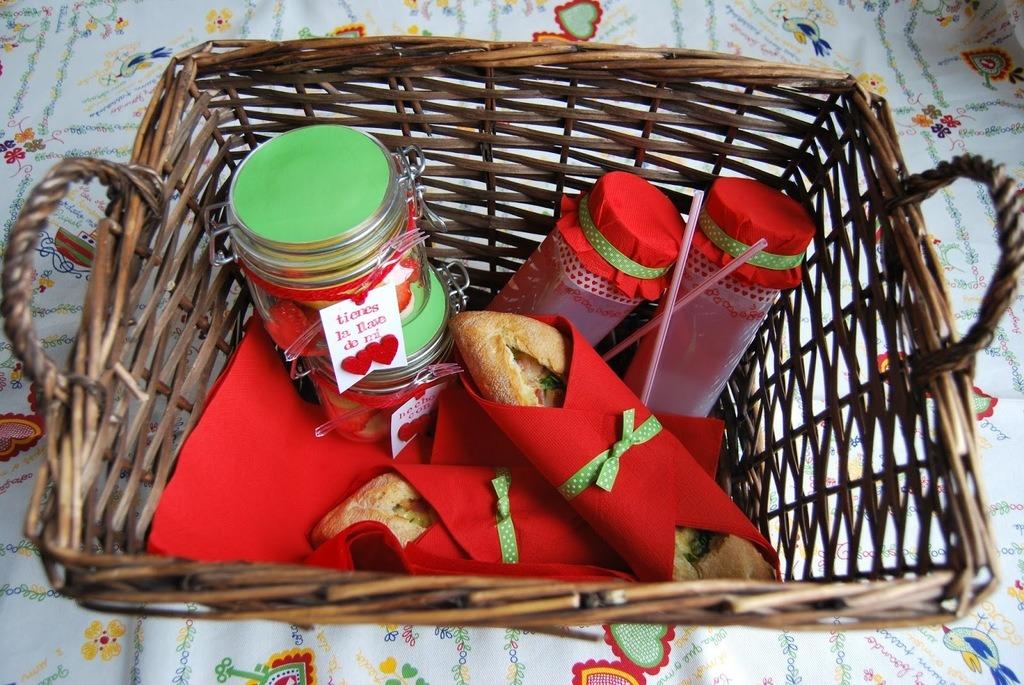 cena-san-valentin-planes-fuera-de-casa-picnic