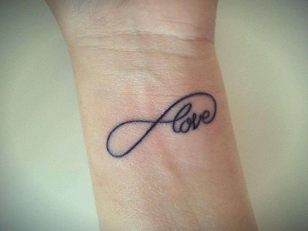san-valentin-tatuajes-de-amor-infinito