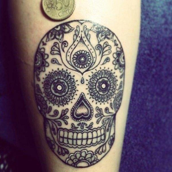 tatuajes-de-calaveras-mexicanas-blanco-negro-2