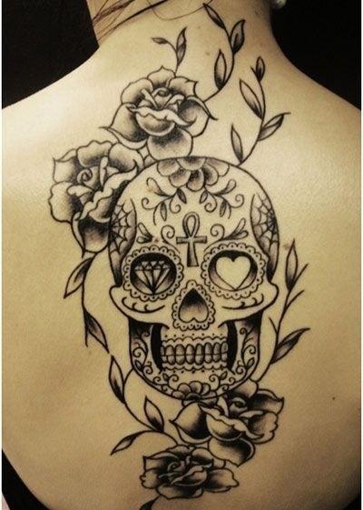tatuajes-de-calaveras-mexicanas-blanco-negro