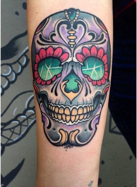 tatuajes-de-calaveras-mexicanas-color-brazo
