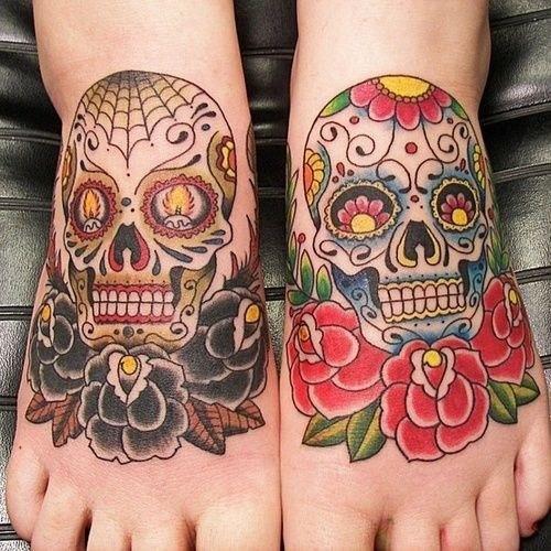 tatuajes-de-calaveras-mexicanas-color-pies