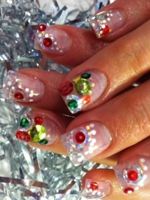 Otro estilo de uñas decoradas para la Navidad