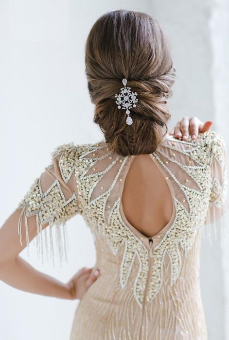 peinados novia pelo recogido mono bajo elegante - Recogidos De Novia Bajos
