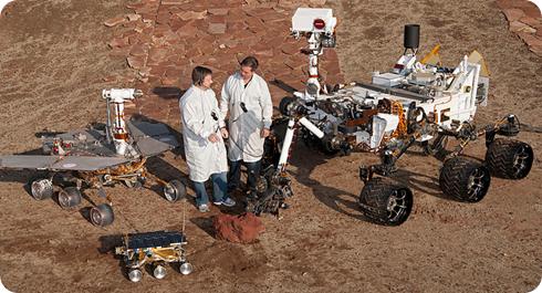 Curiosity (derecha) y sus predecesores