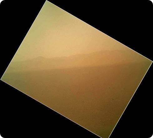 cielo de marte polvoriento tomado por Curiosity