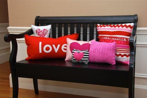 decoracion-san-valentin-para-el-salon-cojines