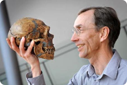 Svante Paabo y neandertal
