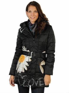 ad4e606ecdf01 Desigual vestidos y abrigos originales - Tendenzias.com