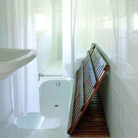 baños-pequeños-con-bañera-escondida