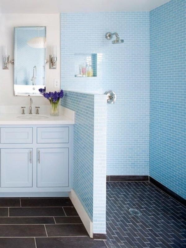 baños-pequeños-con-ducha-muro