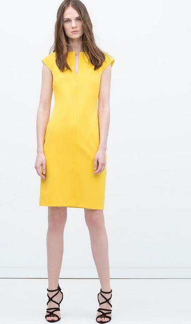 Vestido guipur amarillo zara