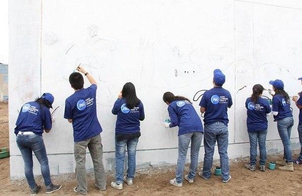 empleados de P&G en tareas de voluntariado