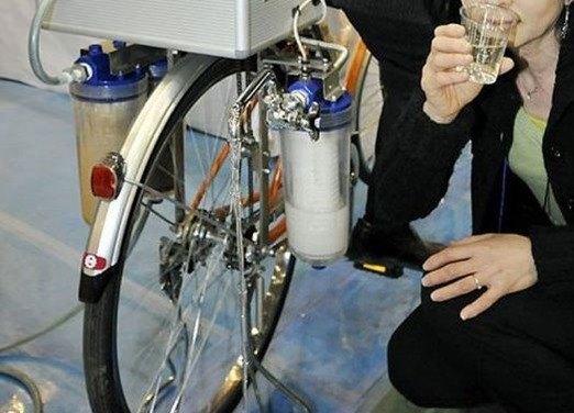 bicicleta-para-puificar-el-agua_thumb.jpg