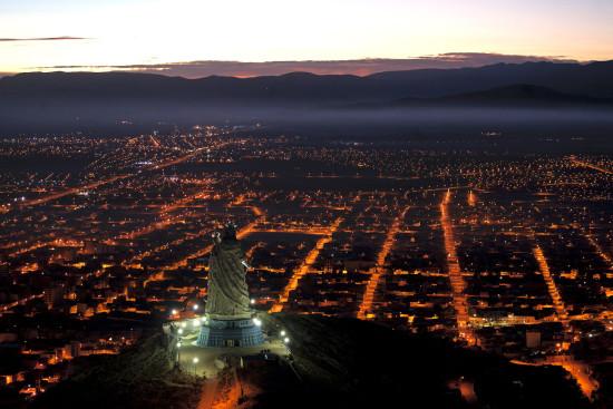 Monumento_a_la_Virgen_del_Socavón