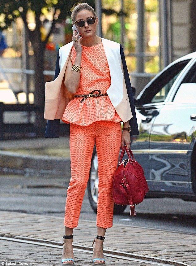 naranja y rojo prendas