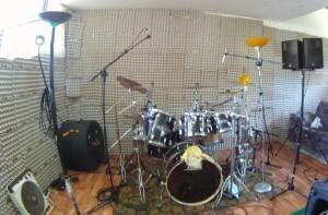 local-con-hueveras-ingeniería-acústica-fácil-1024x672