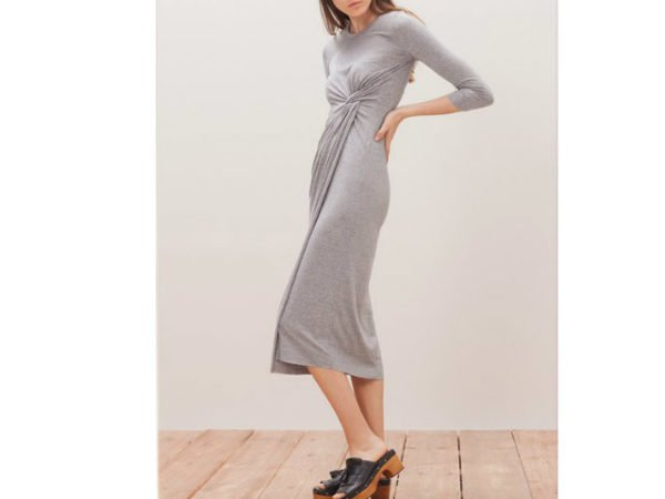 catálogo-stradivarius-vestidos-gris-drapeado